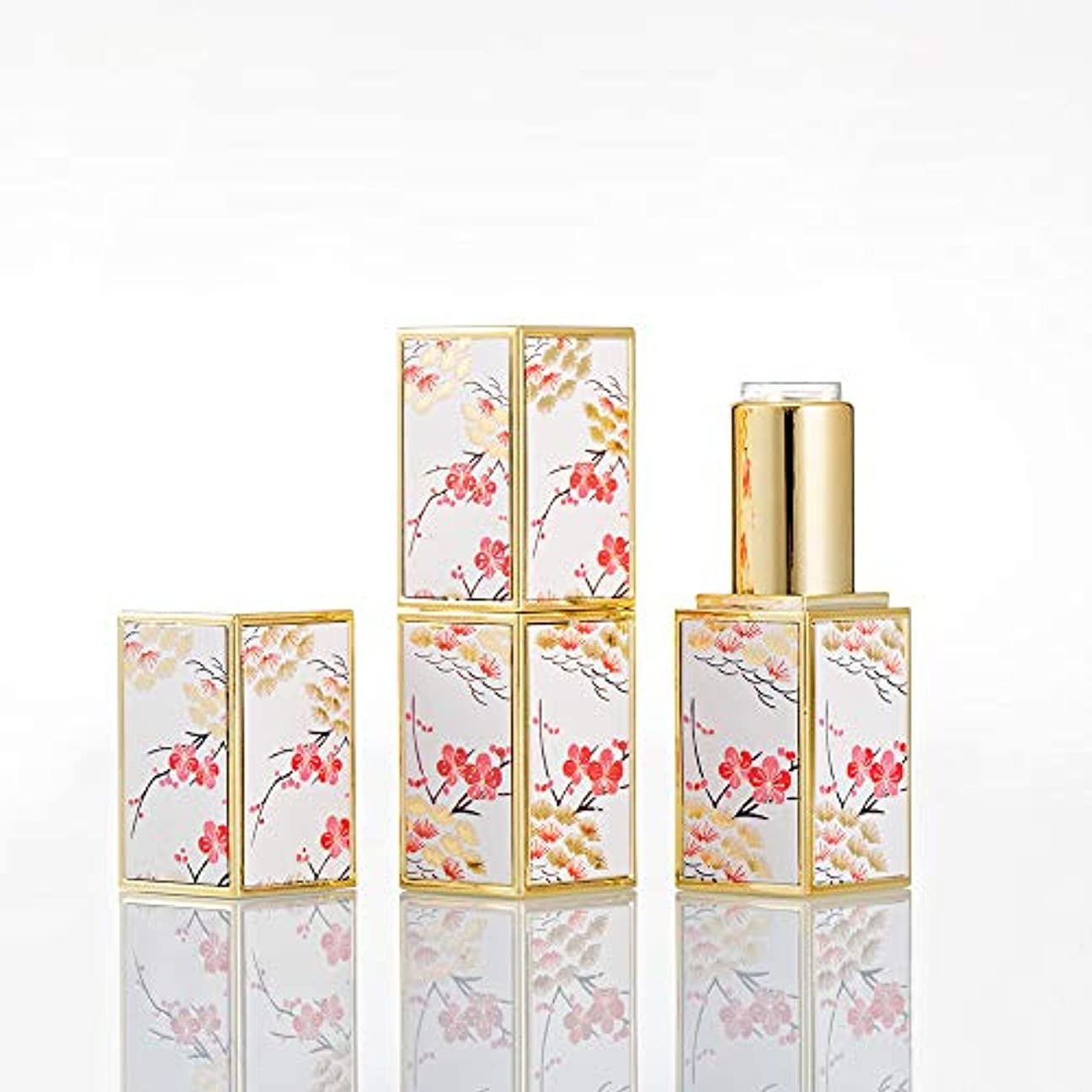 白い細いペパーミントBeautyCN 5個入り12.1mm高級レトロパターン浮彫りにされた梅の花の空の正方形の口紅の管の包装