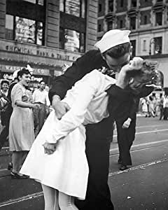 写真プリント Kissing the War Goodbye, 1945