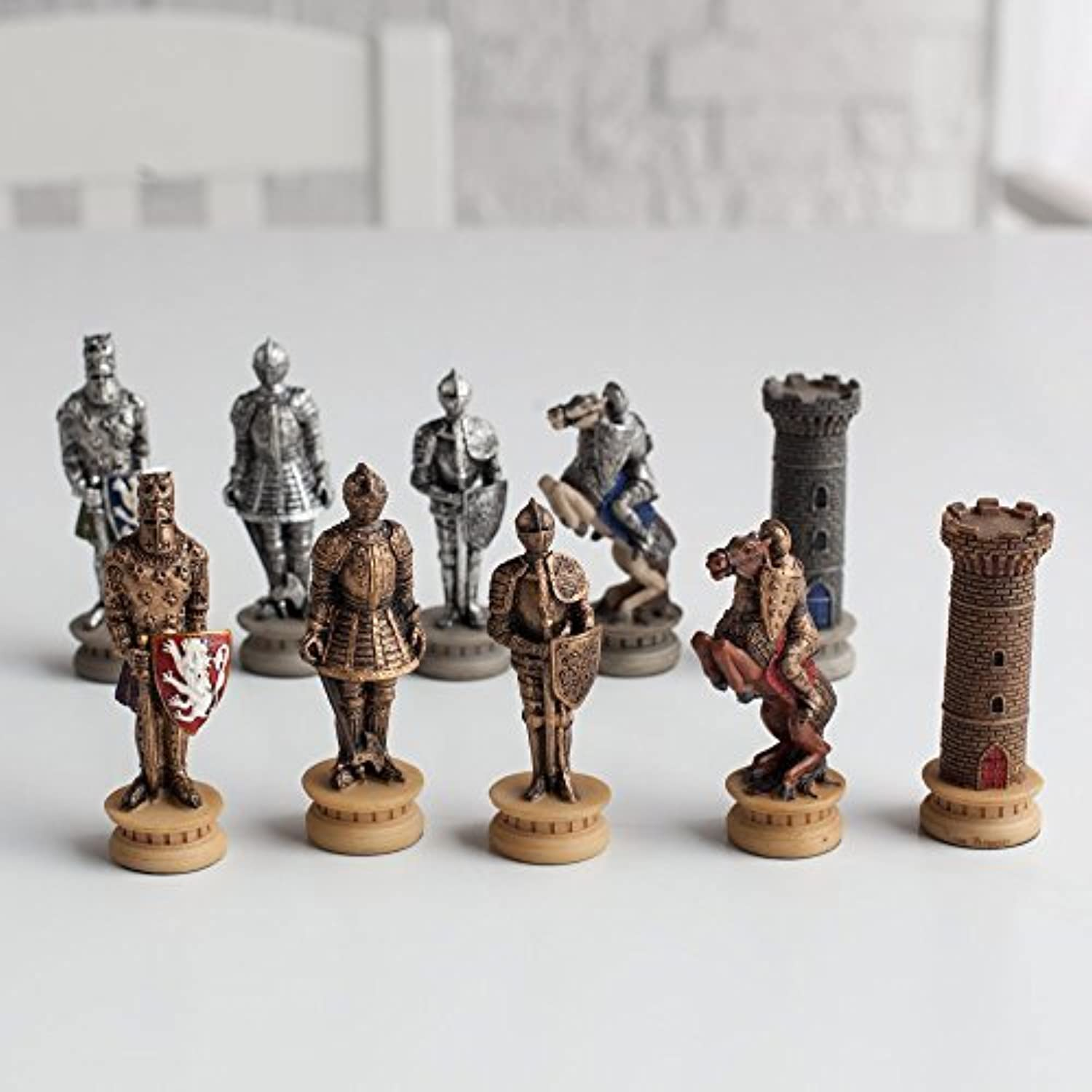 Medieval Times Armored Knights Painted Resin Chess Pieces by World Wise [並行輸入品]