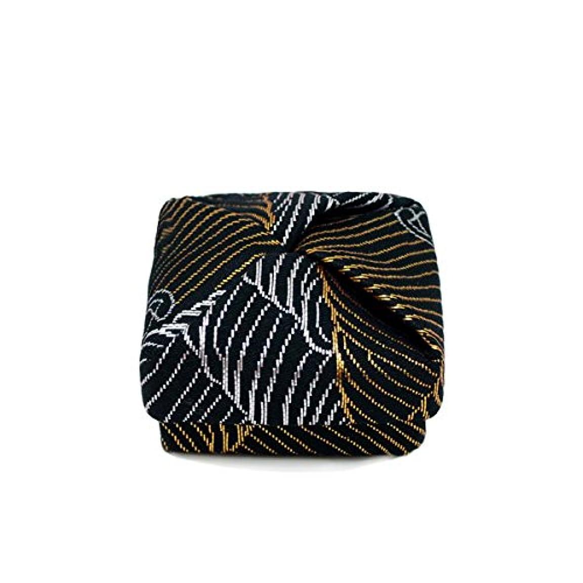 チラチラする精巧なハンディ布香合‐角‐ 紙箱入 波 黒