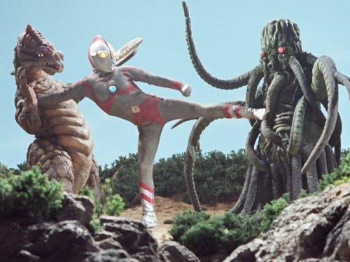 魔の怪獣島へ飛べ!!(前編)