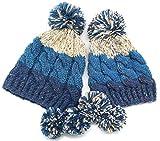 ボンボン付ワッチ ペアセット 手編みニット帽 3色ボーダー ケーブル編み 耳当て ママとお揃い (ブルー)