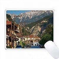 ギリシャ、中央マケドニア、Litohoro、町の景色とオリンパス山。 PC Mouse Pad パソコン マウスパッド