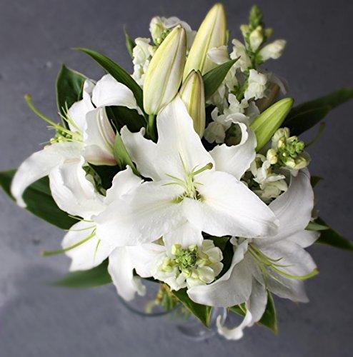KOBE Flower smith ReiRi お供えの花 純白の大輪白ユリの花束 送料無料
