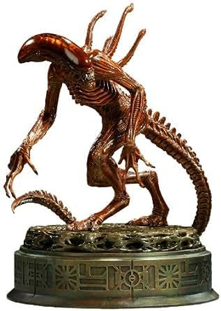 Alien Resurrection Statue: Alien