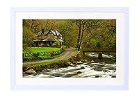 ハウス、川、森、公園、木、ブリッジ、春- 木製の白色のフォトフレーム - 壁の絵 壁掛け ソファの背景絵画 壁アート写真の装飾画の壁画 旅行 風景 景色 - (50cmx35cm)