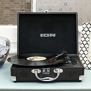 ION Audio ポータブル・スーツケース型Bluetooth対応レコードプレーヤー VINYL MOTION AIR【数量限定品】