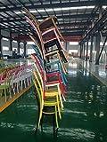 のスタッカブル 500 部分中国仕入先からの Thonet の椅子を組み立て