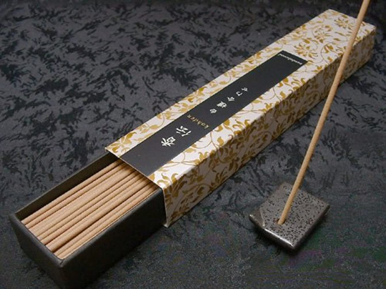 ピアに向かって範囲日本香堂のお香 香伝 白檀合わせ