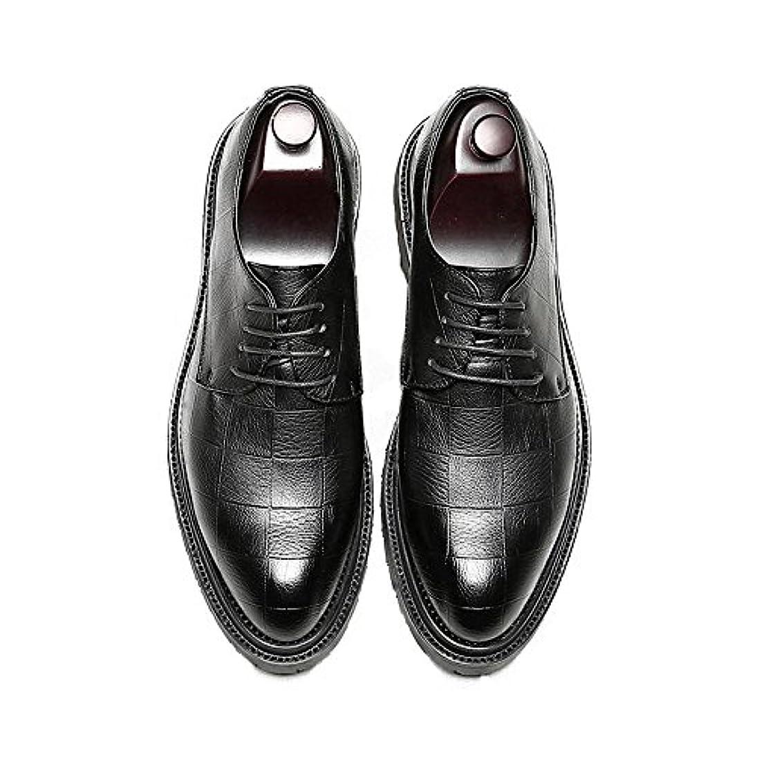 素子壁紙ほかに革靴 メンズ  ビジネスシューズ レースアップ PUレザーシューズ クラシック ローファー スクエアテクスチャ 丈夫なアウトソール オックスフォードシューズ カジュアル