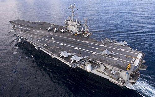 絵画風 壁紙ポスター (はがせるシール式) 空母 ハリー・S・トルーマン USS アメリカ 海軍 航空母艦 ミリタリー キャラクロ UNAC-005W1 (ワイド版 921mm×576mm) 建築用壁紙+耐候性塗料