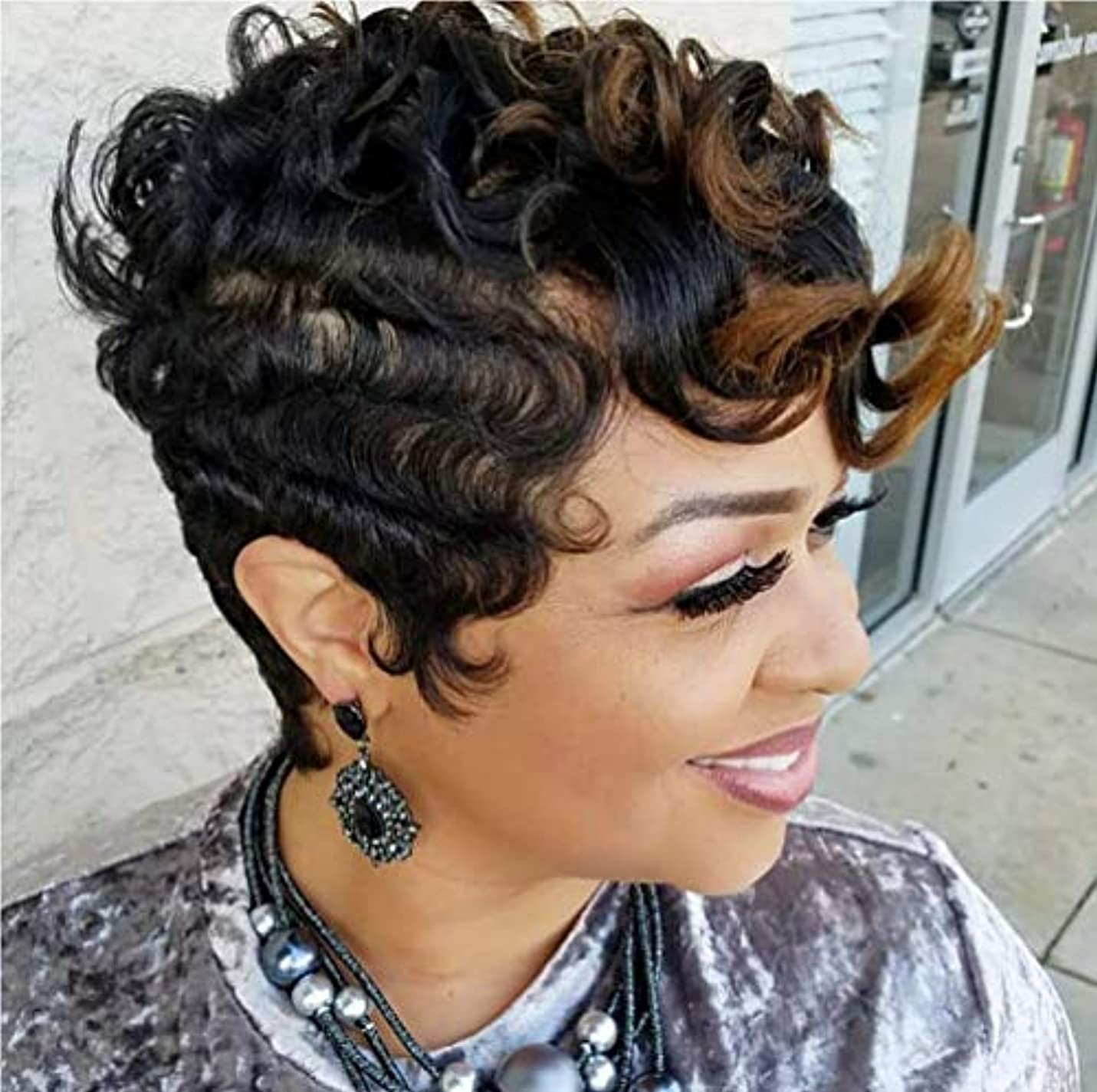 どうしたのキャビン結晶女性ブラジル人毛ウィッグ合成カーリーウェーブヘアショートアフロカーリー爆発ヘッド180%密度15 cm