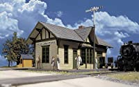 Walthers Cornerstone Series HO Scale Golden Valley Depot Kit by Walthers Cornerstone [並行輸入品]
