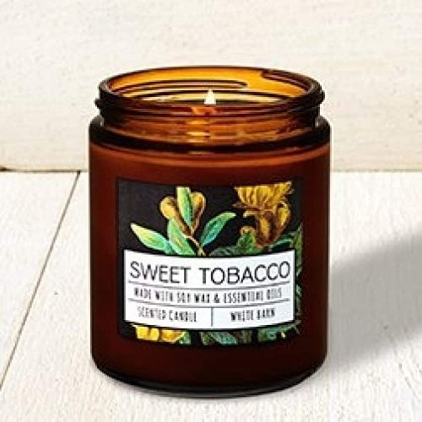 遮る鯨スペインBath and Body Works Sweet Tobacco Single Wick Candle。7オンス