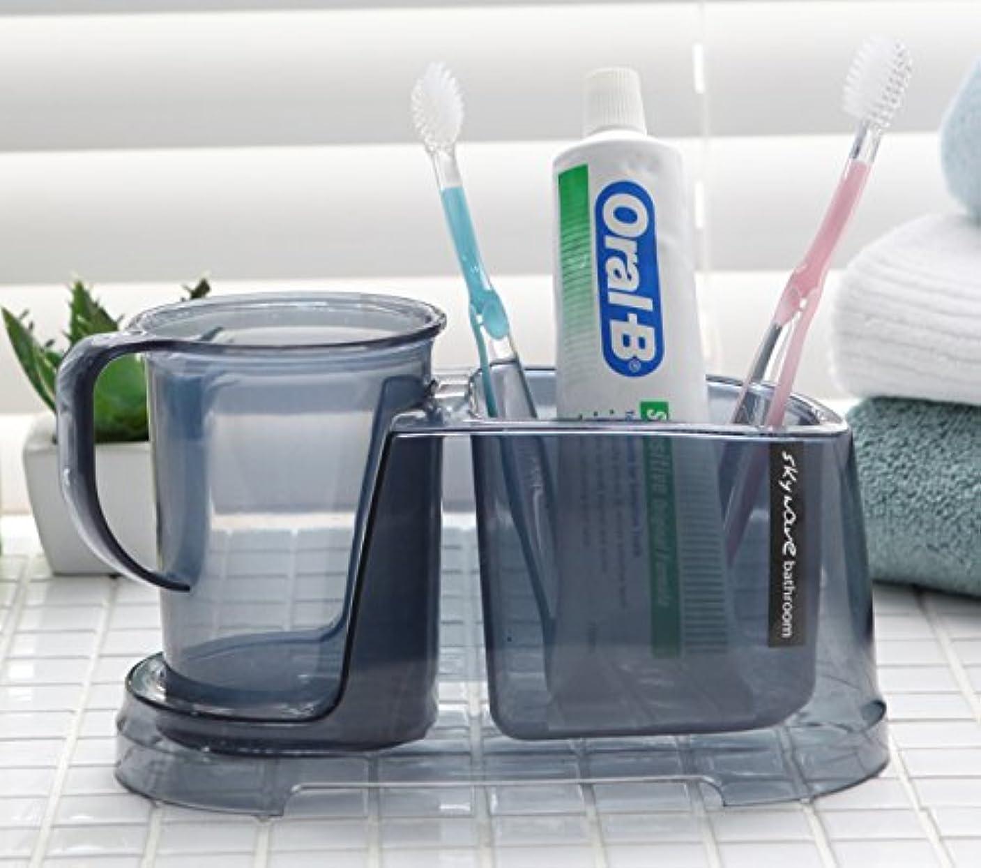 掃く言い直す幽霊Tenby Living歯ブラシホルダー+ Rinse Cup、クリアライトブルー