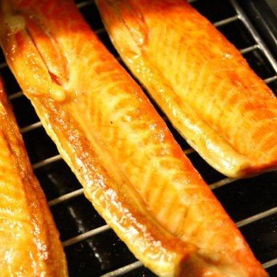 紅鮭ハラス アラスカ産 1kg 約10-20枚入 甘塩