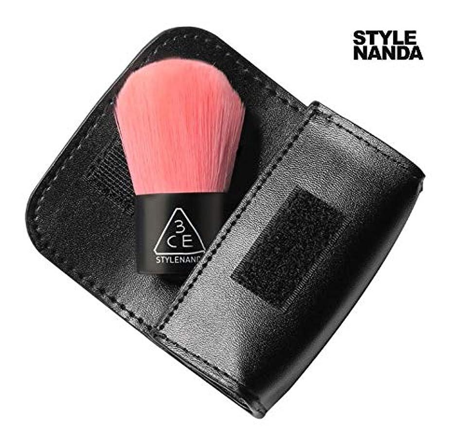 タッチライバル脱走3CE Pink Kabuki Brush 3CE ピンク カブキ ブラシ [並行輸入品]