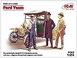 ICM 1/24 T型フォード 1913 ロードスター w/フィギュア プラモデル 24007