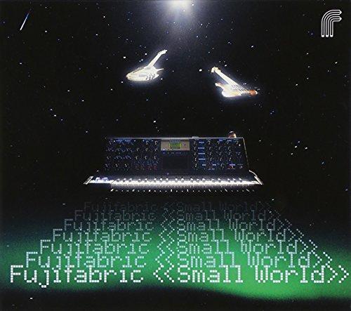 Small World(初回生産限定盤)(DVD付)の詳細を見る