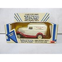 おもちゃ Ertl '32 Ford Panel Delivery Truck with Locking Bank Across the USA it's IGA 60th Anniversary 1926-1986 [並行輸入品]