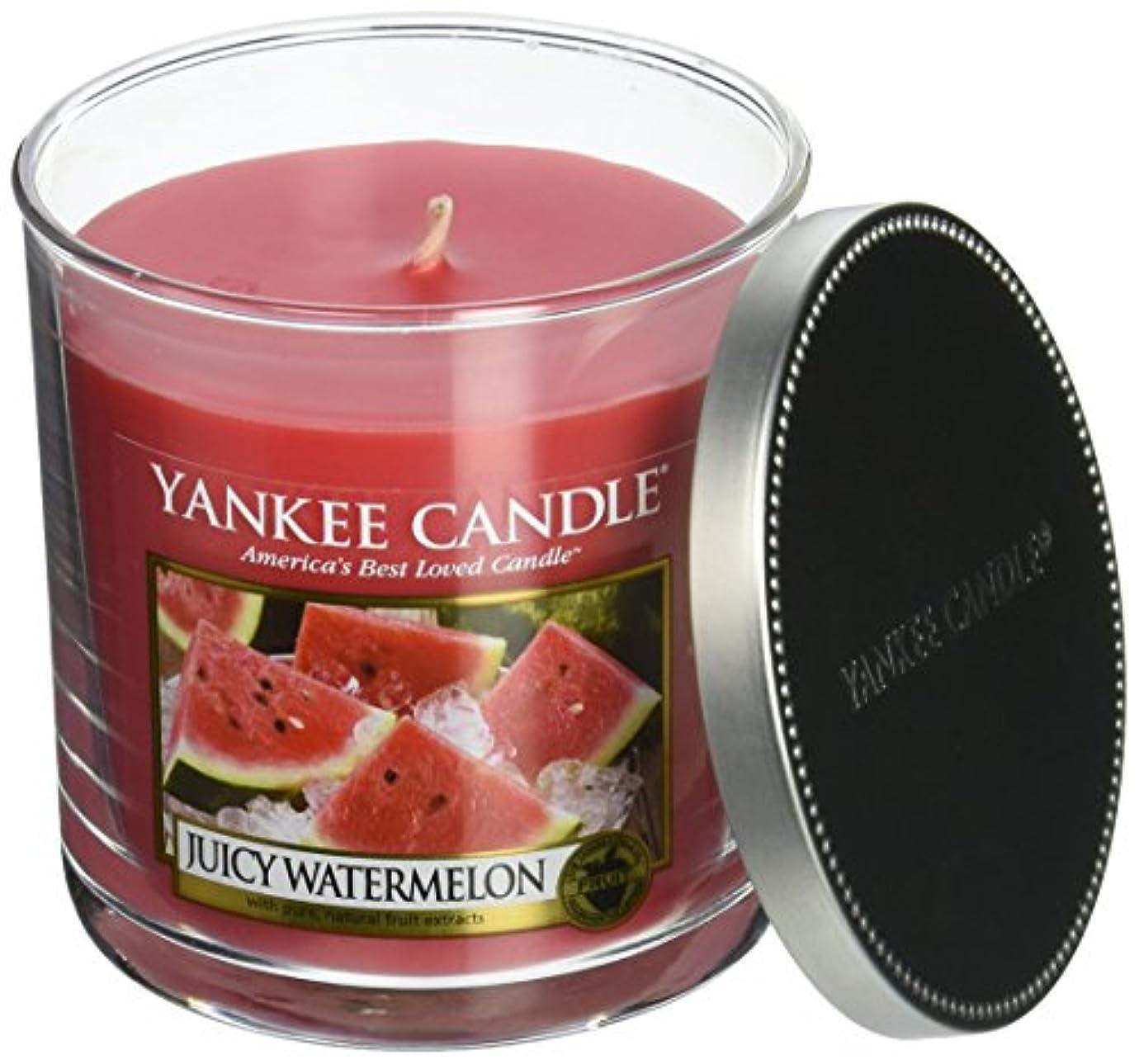 本体ネットモトリーYankee Candle Juicyメロン、フルーツ香り Small Single Wick Tumbler Candle レッド 1186165Z