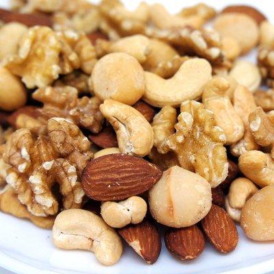 割れが少ないクルミを使用した 無添加・無塩・無油 最高級4種ミックスナッツ 4種類のナッツ 1kg入り