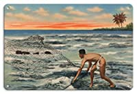 22cm x 30cmヴィンテージハワイアンティンサイン - ネットでハワイの漁師 - ビンテージなハワイの旅行パンフレット c.1943