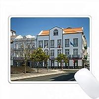 ポンタデルガダ、サンミゲル、アゾレス、ポルトガルの島の通りの風景。 PC Mouse Pad パソコン マウスパッド