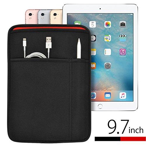 iPad(9.7インチ)Pro・5th・6th・Air2 対応 JustFit™ スリーブケース(ブラック&レッド) Apple Pencil&Lightningケーブルが収納出来る2つのポケット付・専用設計だからジャストフィット!(2018年発売開始 9.7インチ iPad 第6世代 対応)