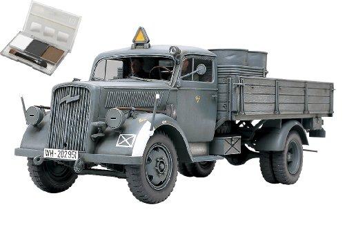 スケール限定シリーズ 1/35 ドイツ 3トン 4 × 2 カーゴトラック (ウェザリングマスター付き) 25131