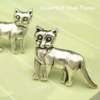 シルバーピアス キラリと目が光っているような大きな猫のピアス スタッドピアス レディースピアス
