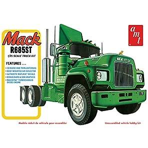 AMT1039 1/25 マック R685ST セミ・トラクター 未塗装プラスチックモデルキット
