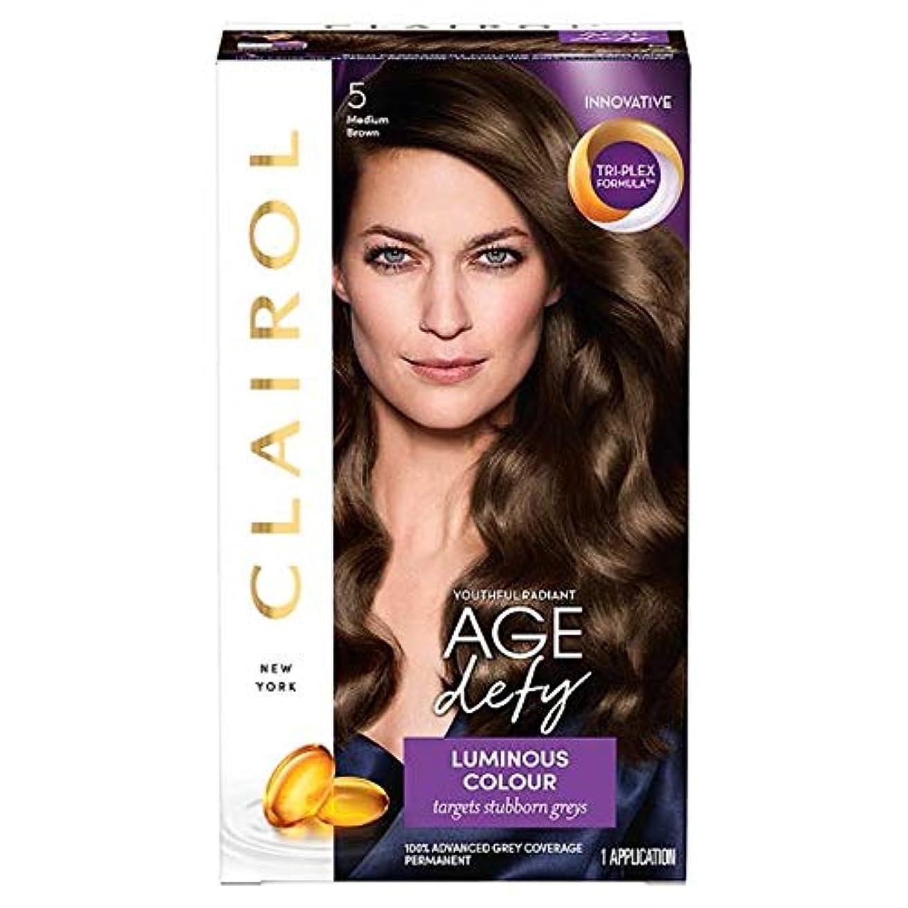 下線盆地幸運なことに[Nice'n Easy] クレイロール素敵な「N簡単年齢はミディアムブラウン染毛剤5を挑みます - Clairol Nice 'N Easy Age Defying Medium Brown Hair Dye 5 [並行輸入品]