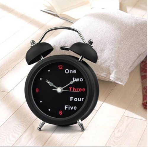 067-1  目覚まし時計 時計 目覚まし 目覚し時計 アラーム 大音量 置き時計 雑貨 スヌーズ ベル音   並行輸入品