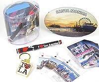 I Love LA Los Angelesお土産ギフトボックスセット、Includes Los Angeles Playingカード、ペン、キーリング、も含まれ、サンタモニカ大きな楕円形マグネット。