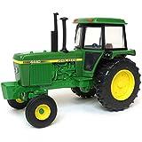 John Deere 1:32 JD 4440 Tractor Vehicle