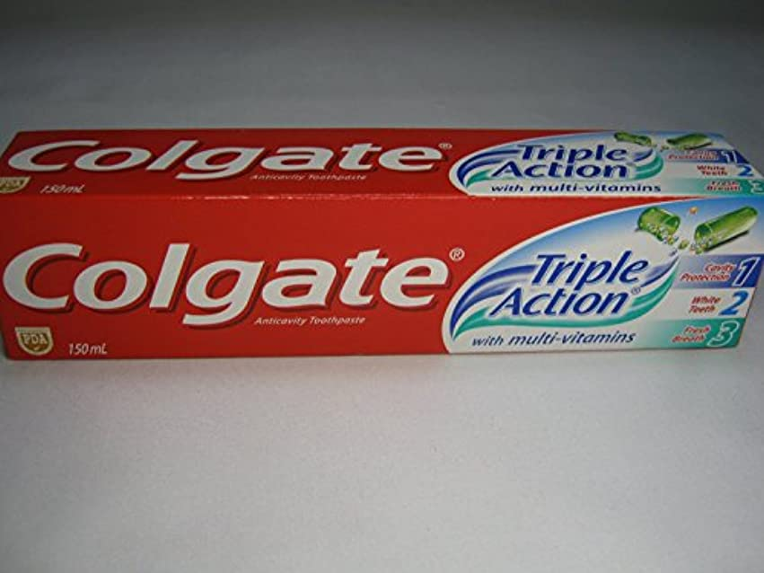 Colgate Triple Action Toothpaste コールゲート トリプルアクション 歯磨き粉 [並行輸入品]