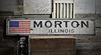 Lizton Sign ShopのMortonイリノイ州、米国フラグサイン – 素朴なヴィンテージの木製看板 4) 11.25 x 60 Inches, Ships USA Only D042018-WD-ENS1000559WHT-05750-1160