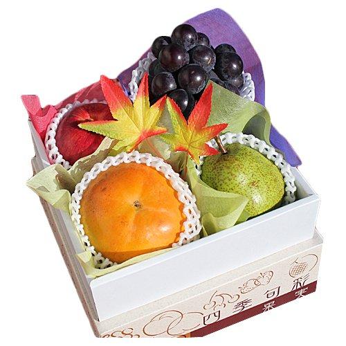 【 贈答用 】 フルーツギフト ミニ 秀品 化粧箱入り 季節によって変わる果物詰め合わせ!!