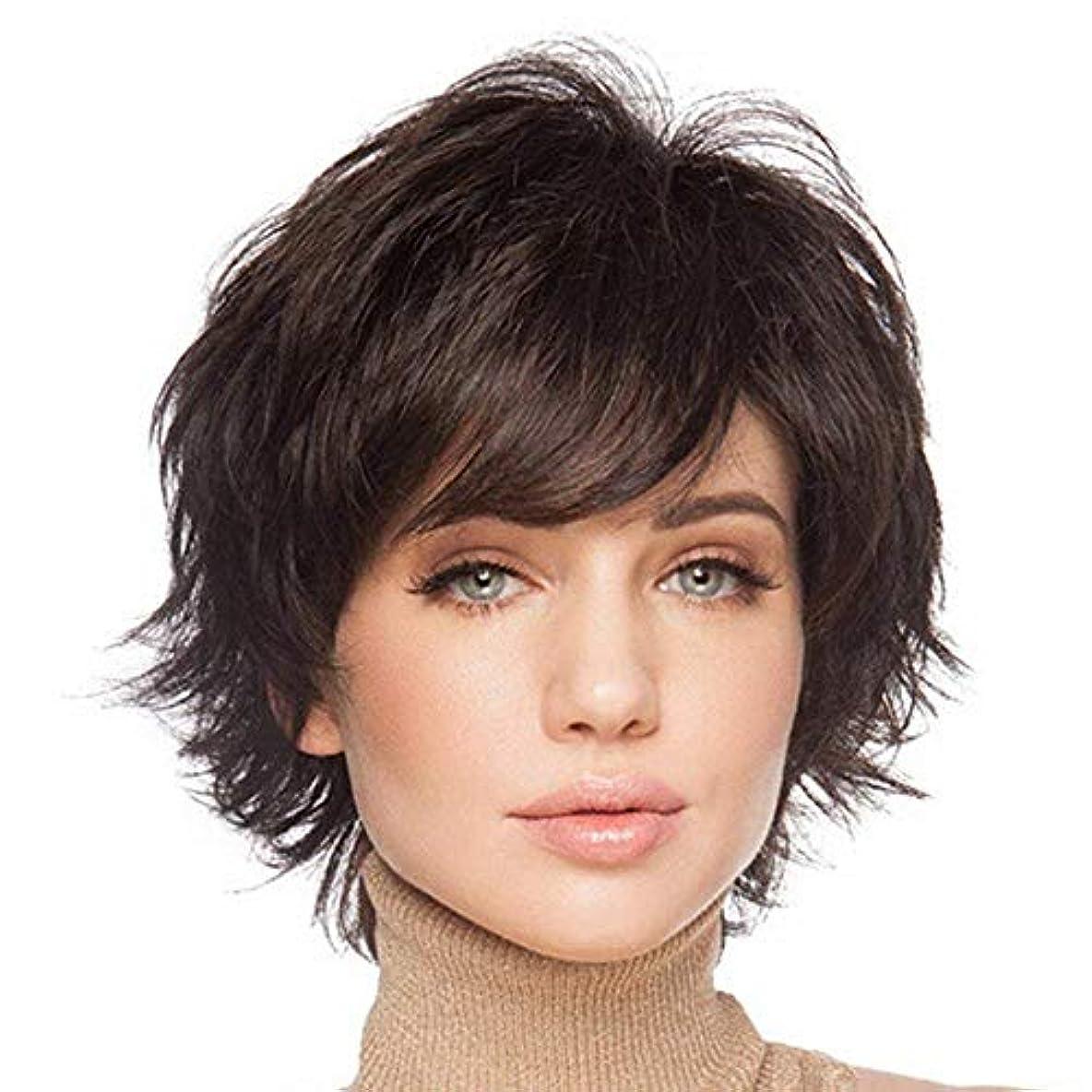 前髪の自然な人間の髪の毛のかつらを持つ女性のためのHAIRCUBEショートヘアウィッグ