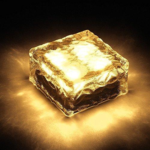 Lightess LEDソーラーライト 太陽光パネル 感光式 ガーデンライト 自動充電 自動点灯 防...