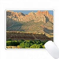Rockville Basin、Zion NP、Utahの上のKinesavaの側面。 PC Mouse Pad パソコン マウスパッド
