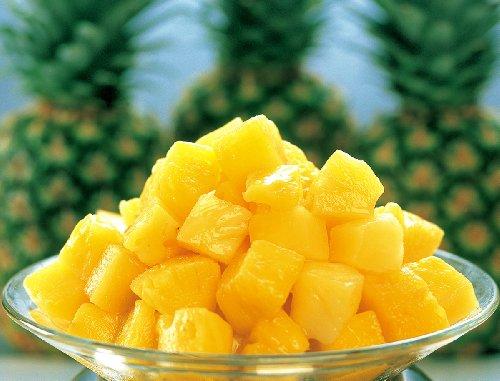 [餃子の王国]【冷凍パイナップル 1kg】生のパイナップルをひと口サイズにカット、そのまま急速冷凍しました 冷凍フルーツ