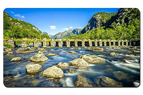 ローガラン、ノルウェー、川、石橋、岩、山、木 パターンカスタムの マウスパッド 旅行 風景 景色 デスクマット 大 (60cmx35cm)