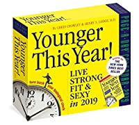 Younger This Year 2019 デイリーデスクカレンダー