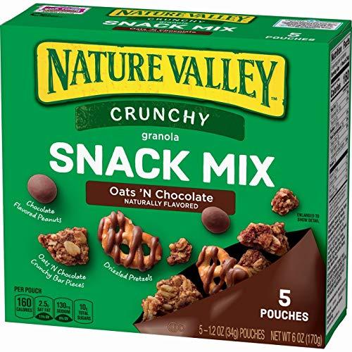 Nature Valley Crunchy Oats 'N Chocolate Granola Snack Mix170g ネイチャーバレークランチーオーツ 'Nチョコレートグラノーラスナック [並行輸入品]
