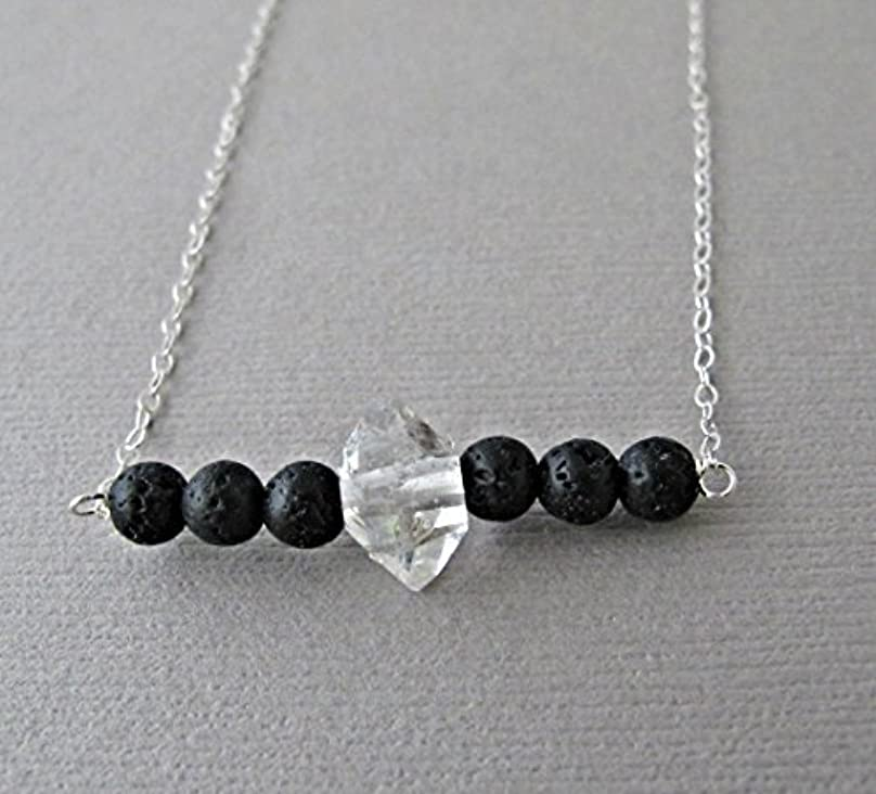急襲カウボーイ贅沢Herkimer Diamond Lava Pendant Essential Oil Necklace Diffuser Aromatherapy - Simple Minimalist Lava Bead Diffuser...