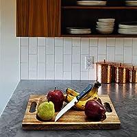 農村ハンドメイドによる優れた有機まな板/サービングトレイ。特大サイズのまな板45cm x 30cm x 4cm。肉、野菜、チーズに最適です。強さおよび耐久性のための専門の等級。