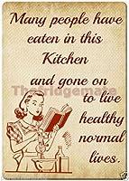 """多くの人々がこのキッチンで食べたレトロ冷蔵庫マグネット3"""" x 5""""長方形磁石"""