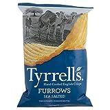 Tyrrells Furrows Hand Cooked English Crisps - Sea Salted (150g) Tyrrellsは手が英語ポテトチップスを調理した畝 - 海は塩漬け( 150グラム)